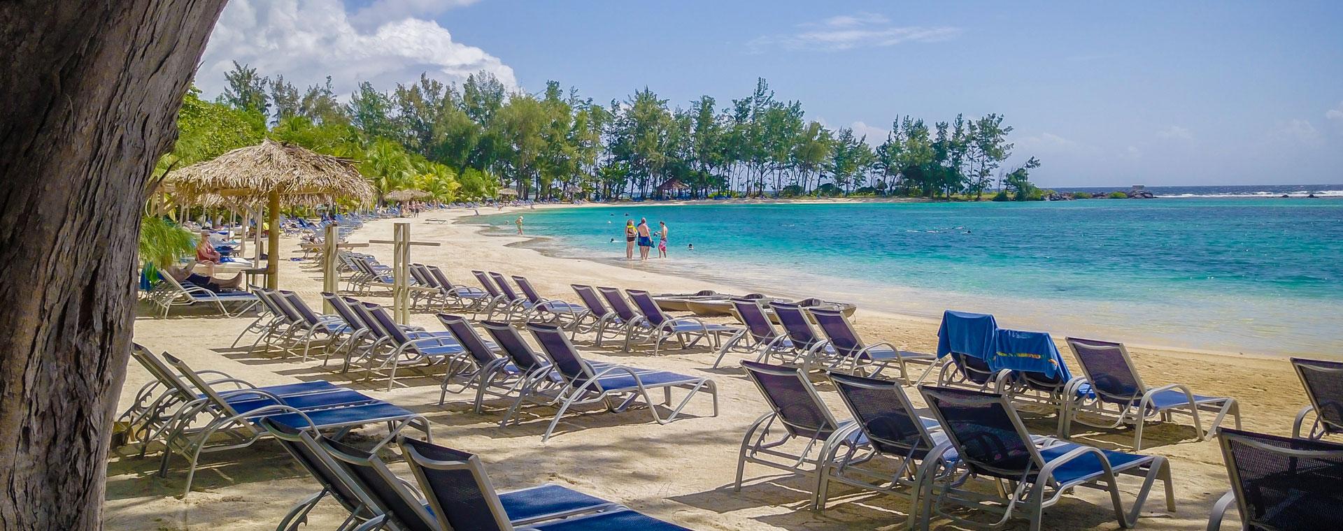 Roatan Wonderland Tours Fantasy Island Beach